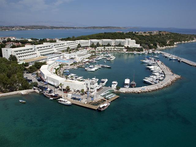 Altın Yunus Resort
